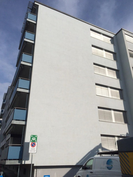 NACHHER - Fassadenreinigung Mehrfamilienhaus - stc umwelt ag